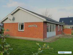 Velfungerende og prisbilligt hus i hyggelig landsby Gl. Skolevej 2, 6893 Hemmet - Villa #villa #hemmet #selvsalg #boligsalg #boligdk
