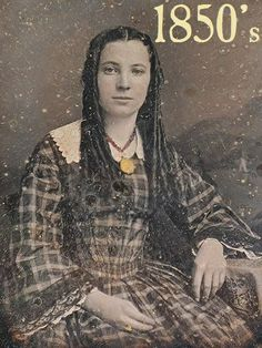 Vintage-Dag-1850's-Beautiful Young Woman