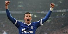 Julian Draxler of Schalke 04 in Julian Draxler, Moving To England, Sport Football, Real Madrid, Arsenal, Chelsea, Running, News, Sports