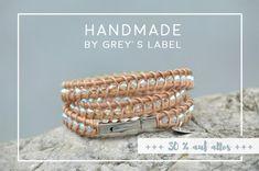 Von Glitzer und Glamour: Ein funkelndes Armband aus Leder und Swarovski Perlen. Handmade by grey's label
