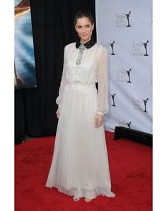 white dress - amanda peet