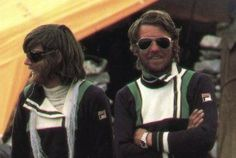 1978 sees the first ascent without bottled oxygen. Peter Habeler and Reinhold Messner reach the summit on May 8-th 1978 via the South-East Ridge.