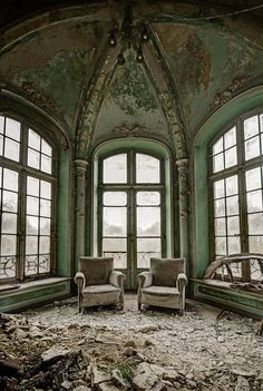 Comfort in decay by odin's raven, flickr