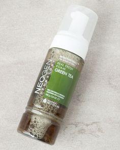 Green Tea Real Fresh Foam Cleanser