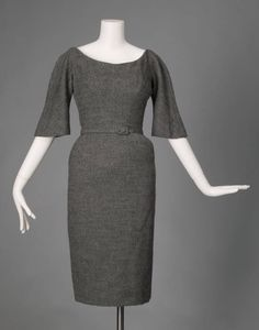 Wool dress, by Charles James, 1951. (source: Chicago History Museum)