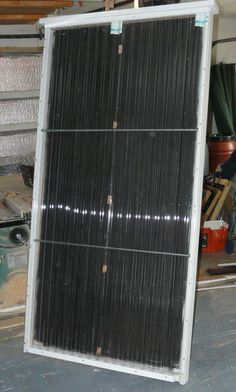 Home made solar water heater using copper #solarpanels,solarenergy,solarpower,solargenerator,solarpanelkits,solarwaterheater,solarshingles,solarcell,solarpowersystem,solarpanelinstallation,solarsolutions Solar Energy Panels, Best Solar Panels, Solar Energy System, Solar Roof Tiles, Solar Projects, Solar House, Solar Charger, Solar Panel System, Sustainable Energy
