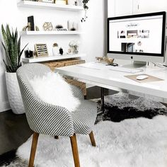 Simple Home Office Design Ideas. Therefore, the demand for home offices.Whether you are intending on adding a home office or refurbishing an old area into one, here are some brilliant home office design ideas to assist you get started. Cozy Home Office, Home Office Space, Home Office Desks, Apartment Office, At Home Office Ideas, Office Workspace, Office Rug, Office Setup, Desk Space