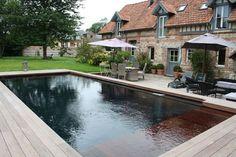 http://www.cotemaison.fr/piscine-spa/diaporama/trophees-de-la-piscine-2012-les-plus-belles-piscines-recompensees_16621.html?p=14