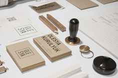 25  new business cards – Best of February 2013
