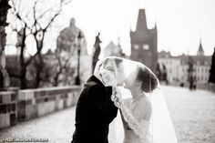 Pre-wedding photography in Prague — engagement photos | by photographer Artur Jakutsevich based in Rome, Italy