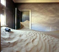Casa abandonada en Kolmannskuppe, Namibia, Africa