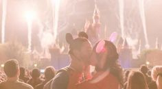 Find Your Romantic Disney Side Awwww! Valentine Day Video, Disney Valentines, Disney Love, Disney Magic, Disney Disney, Disney Princess, Disney Vacations, Disney Trips, Walt Disney Parks