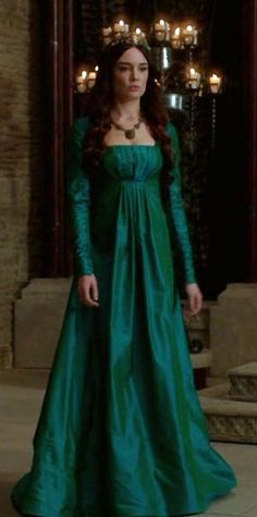 While it's a musical-comedy fairy tale (for adults), the TV series Galavant has surprisingly good medieval/renaissance historical costumes. Medieval Gown, Medieval Costume, Historical Costume, Historical Clothing, Historical Dress, Celtic Clothing, Gypsy Clothing, Renaissance Clothing, Moda Retro