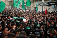 """Destruir un túnel clandestino """"construido con fines terroristas"""". Ese era, según un comunicado oficial, el objetivo del ataque de Israel sobre Gaza, el más violento desde la tregua de 2012. En el bombardeo han muerto cuatro milicianos de Hamás."""