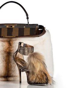 Fendi shoes and bag #moda #fashion #cuero #leather #zapatos #shoes #bolsos #bags #marroquineria #leathergoods #sandalias #sandals #heels
