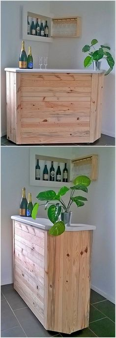This is a simple designed bar table from the wood pallet. As you can view in the picture that this piece of the wood pallet bar table is comprised with the simple designing and is much small in size which you can easily make it settle into one corner of the living room or lounge.