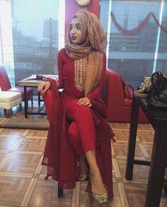 Modern Hijab Fashion, Muslim Fashion, Niqab Fashion, Modest Dresses, Trendy Dresses, Eid Outfits, Fashion Outfits, Bridal Hijab Styles, Modest Summer Fashion