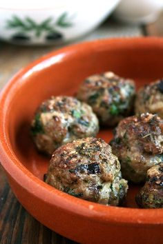 Keftedes (Lamb meatballs, loaded with mint and parsley, broiled, sprinkled with vinegar, and served with roasted cabbage) Lamb Recipes, Meatball Recipes, Greek Recipes, Meat Recipes, Cooking Recipes, Budget Cooking, Lentil Recipes, Oven Recipes, Turkish Recipes