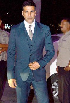 Akshay Kumar at Tulsi Kumar's wedding reception in Mumbai.