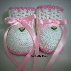 Crafts by Cheri crochet baby booties @ http://craftsbycheri.blogspot.com/