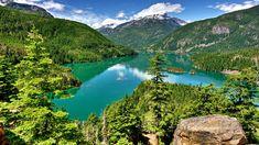 Stany Zjednoczone, Stan Waszyngton, Park Narodowy Północnych Gór Kaskadowych, Góry, Jezioro Diablo Lake, Wysepki, Drzewa, Chmury