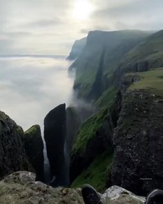 Dream Vacation Spots, Vacation Trips, Beautiful Places To Travel, Cool Places To Visit, Nature Gif, Nature Videos, Foto Gif, Travel Aesthetic, Nature Pictures