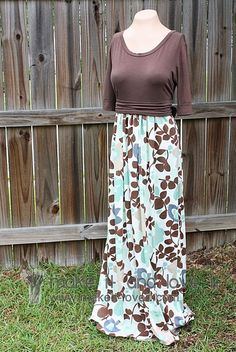 Fall Maxi Dress Tutorial- could you put elastic around the waist of the skirt and snaps on the top and leave them seperate for a nursing dress? any ideas?