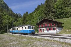 Swiss Railways, Standard Gauge, Travelogue, Beautiful Images, Classic Cars, Old Things, Cases, Country, Vehicles