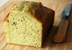 Cake au thé vert matcha Si vous lisez mon blog depuis longtemps et que vous avez une mémoire d'éléphant, vous allez peut-être avoir l'impression d'avoir déjà vu cette recette de cake au thé vert quelque part et vous n'aurez pas tort. Depuis que j'ai créé ce blog, j'ai non seulement...