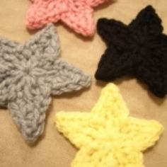Free crochet star pattern, BUT site is in Japanese with a chart