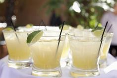 Cut the Carbs and Unwind with This Sugar-Free Margarita Recipe