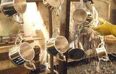 6 métodos para limpar prata em casa. Aprenda como limpar objetos de prata e sempre tenha o habito de limpa-los após o uso, assim a duração e brilho irá durar muito mais!