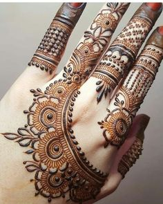 New and Trendy Bridal Mehndi designs 2020 Henna Hand Designs, Dulhan Mehndi Designs, Mehandi Designs, Simple Mehndi Designs Fingers, Latest Henna Designs, Palm Mehndi Design, Simple Arabic Mehndi Designs, Mehndi Designs For Girls, Mehndi Designs For Beginners