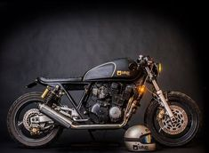 "The ""Beltza""- 1990 Yamaha XJR 400 Brat Build by Wild Custom Philippines for Sakay & Co 