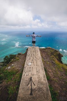 The Dead Man's Catwalk, Oahu