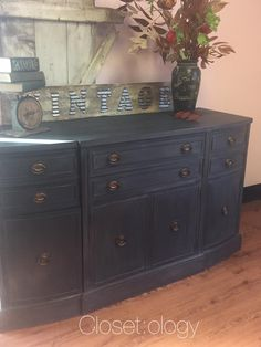 Jennifer at Closetology in Barberton OH chose CeCe Caldwell's Chalk & Clay Paint in Vermont Slate for this Sheridan-style buffet.  She custom blended a soft gray wax from CeCe Caldwell's Seattle Mist to soften the overall affect.