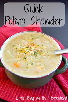 This Quick Potato Chowder is perfect for those cold winter nights, especially when you've had a busy day and don't feel like cooking something complicated! Slow Cooker Recipes, Crockpot Recipes, Soup Recipes, Vegetarian Recipes, Real Food Recipes, Great Recipes, Creamy Potato Soup, Healthy Soup, Easy Cooking