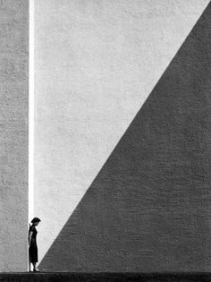 Monochrome abstract with flawless lines of sight.