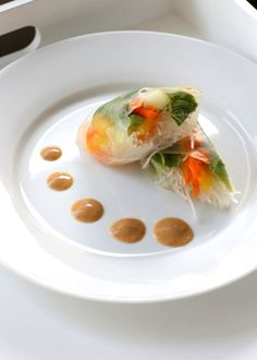 Vegetarian Summer Rolls with Peanut Sauce. Recipe is naturally onion free!!