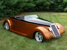 1935 FORD CUSTOM ROADSTER Maintenance of old vehicles: the material for new cogs/casters/gears/pads could be cast polyamide which I (Cast polyamide) can produce Classic Hot Rod, Classic Cars, Hot Rods, Vintage Cars, Antique Cars, Auto Retro, Us Cars, Collector Cars, Amazing Cars