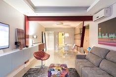 Decoração de: Sala de estar; viga vermelha; Casa de Valentina
