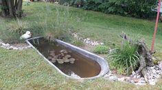 Kleiner Teich aus alter Zinkwanne