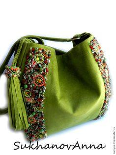 """Купить Сумка """"Зелёная оливка"""" - оливковый, оливковая сумка, замшевая сумка, Сумка с вышивкой"""