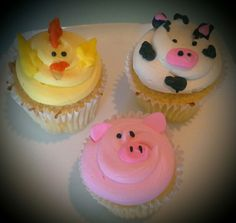 Buttercream farm animal cupcakes