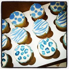 Blue Safari Themed Cupcakes for a Baby Shower... It's a boy!