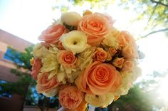 Creams, peaches and pinks for a summer wedding #bridal #flowers #princeton #nj