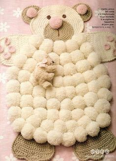 This Pom Pom Sheepskin Rug will look fabulous in your home and will be the focal point of any room you put it in! It's fun to make and doesn't it look great. Tutorial via 'Bella Dina' Sheep Pom Pom Rug Tutorial Crochet Bear, Crochet Home, Free Crochet, Free Knitting, Pom Pom Rug, Pom Poms, Pom Pom Crafts, Yarn Crafts, Diy Crafts