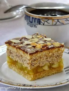 The pleasure of cooking: Heaven in his mouth Polish Desserts, Polish Recipes, No Bake Desserts, Dessert Recipes, Layered Desserts, Unique Desserts, Polish Cake Recipe, Yummy Treats, Yummy Food