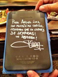 @MosquitoFillano  Firma para Angel Luis... en el kindle.  ;)