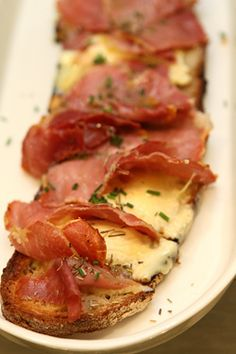 Saint Marcellin cheese and ham, Parisian style